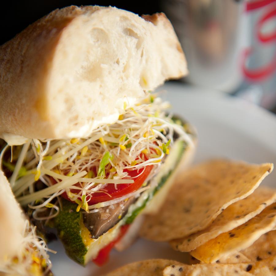Paris Vegetarian Sandwich Cafe Pave Montreal